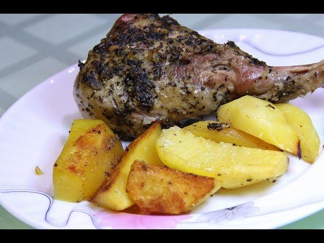Филе индейки с картофелемы в духовке